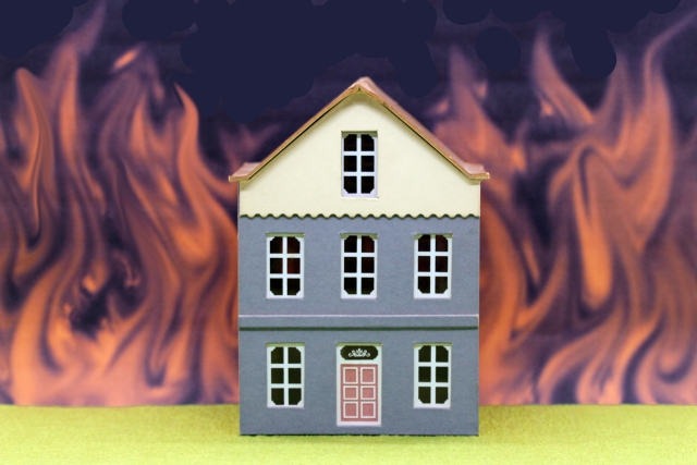省令準耐火構造の方がお得!?確認方法から火災保険まで